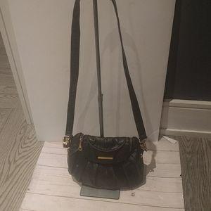 Beautiful crossbody bag by Matt and Nat 🍀